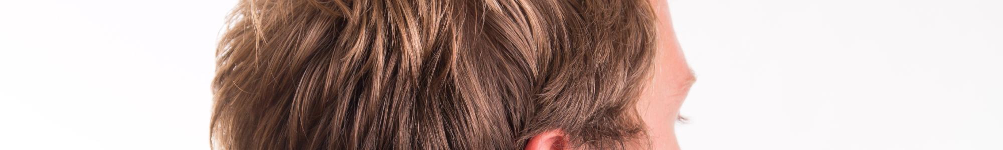 Shampoings et soins naturels pour cheveux à tendance grasse
